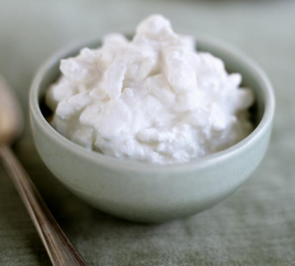 10-muscle-building-foods-cottage-cheese-with-live-cultures