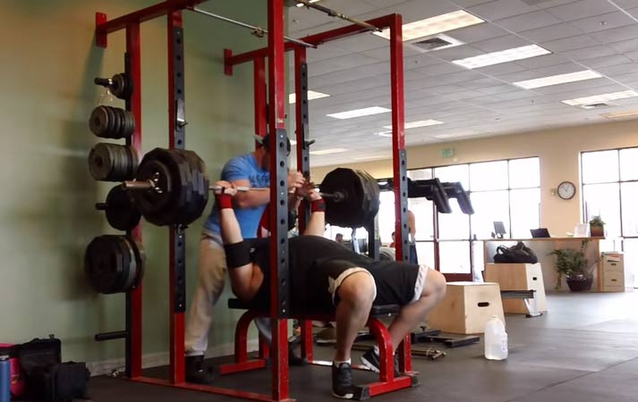 strongman-bench-press
